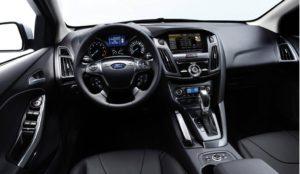 Ford Focus место водителя