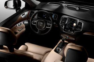 Volvo XC90 место водителя