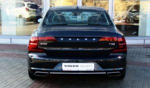 Volvo S90 зад