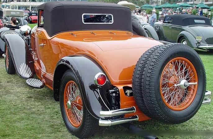 Bugatti Type 46 сзади