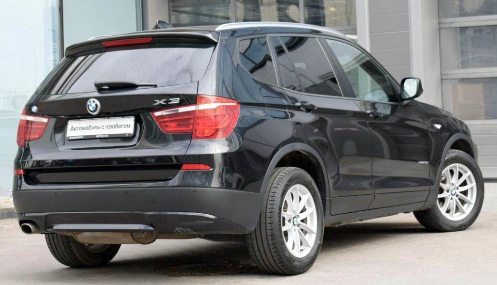 BMW X3 F25 сзади
