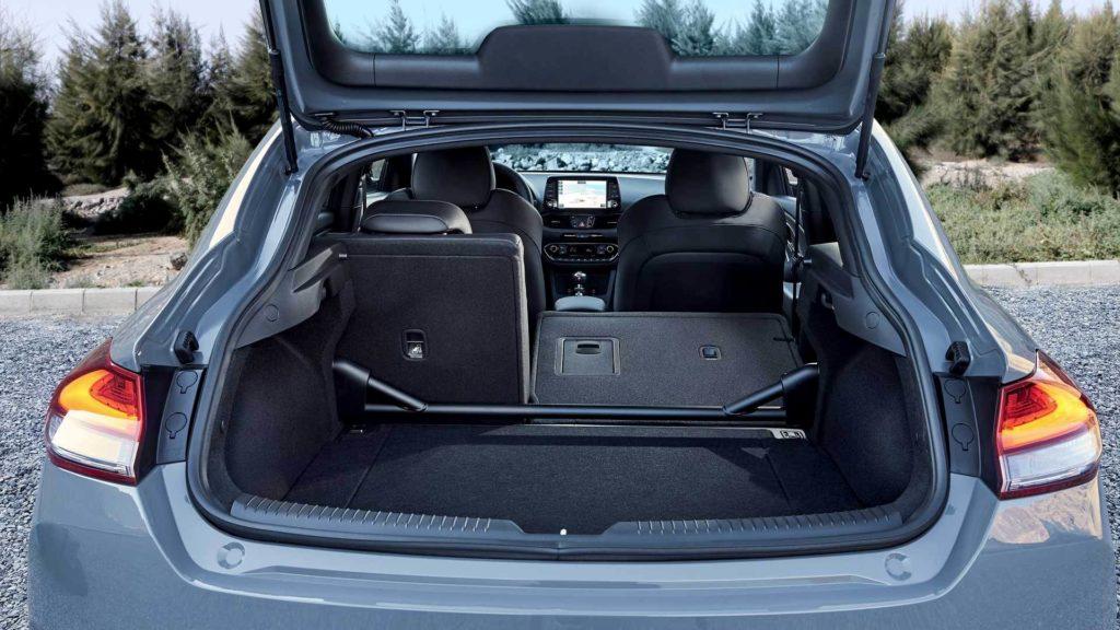 Hyundai i30 N багажник