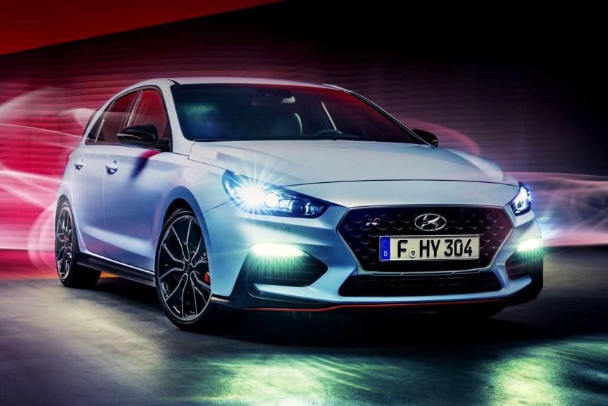 Hyundai i30 N вид спереди
