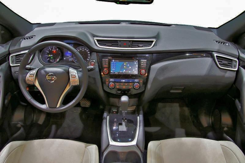 Nissan Qashqai место водителя