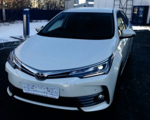 Toyota Corolla 2019 спереди