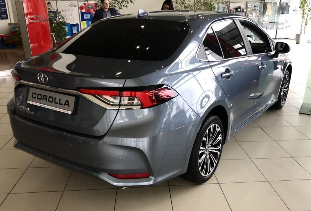 Toyota Corolla 2019 сзади