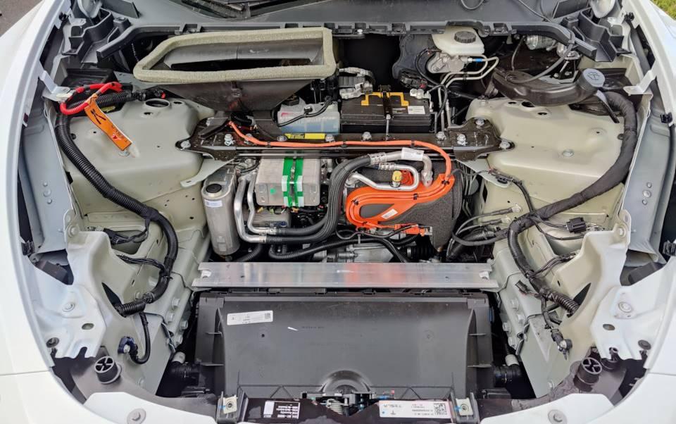 передний двигатель