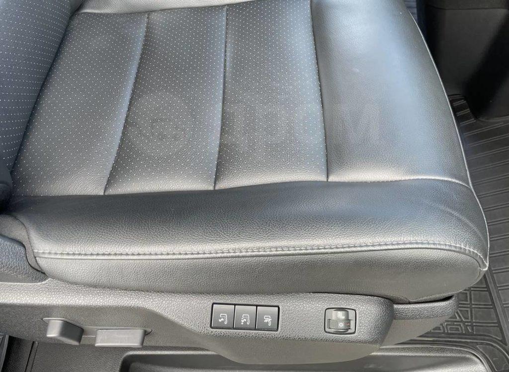 обогрев пассажирского кресла